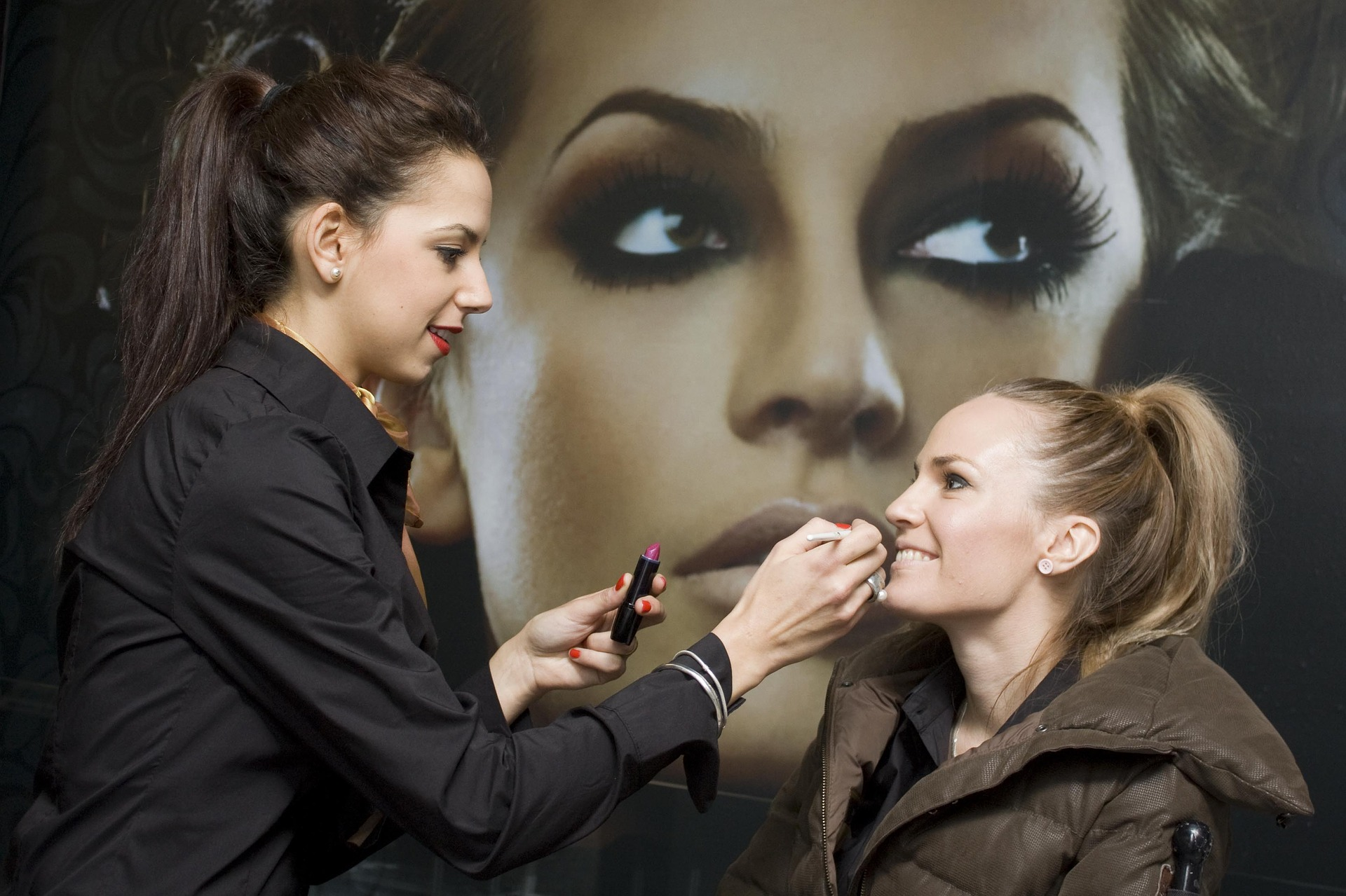 Top 5 Makeup Artist Schools In Usa